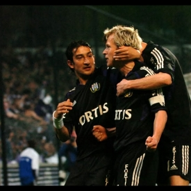 Embedded thumbnail for RSCA Rétro : le dernier but magistral de Zetterberg (2006)