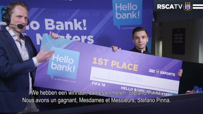 Embedded thumbnail for Stefano Pinna est le Hello bank! FIFA Master 18